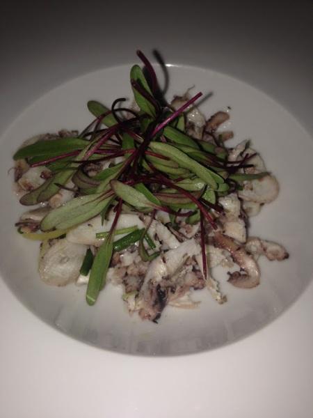salada de polvo defumado