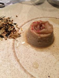 dom mousse de cogumelos caramelo de cebola arroz crocante