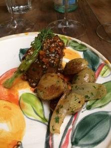 nino cucina lingua com batatas